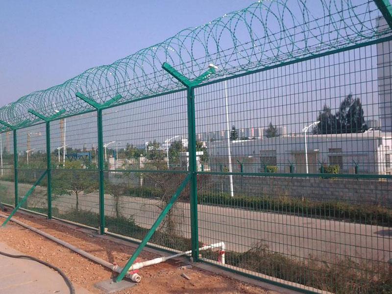 Y型柱机场护栏网