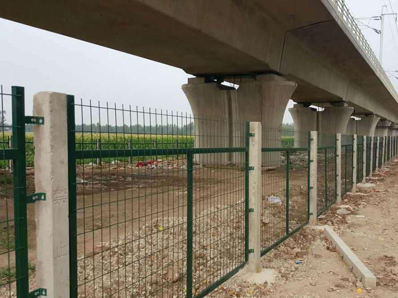 铁路路基挡渣网防护栅栏门